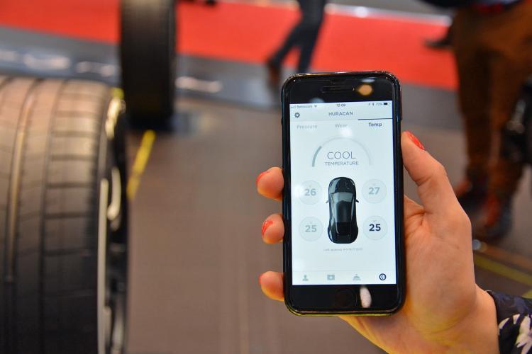 تایر 5G هم رسید: گزارش شرایط جاده به راننده و خودروهای دیگر