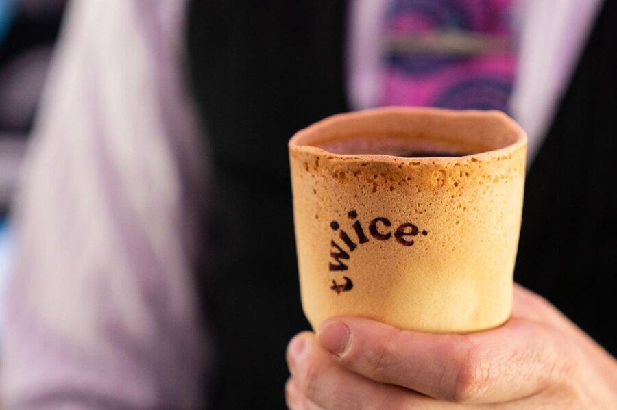 فنجان های خوراکی با طعم وانیل برای مسافران ایرنیوزیلند