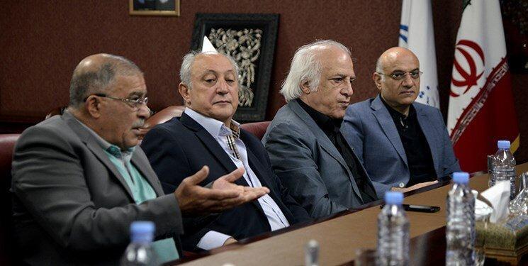 پیشکسوت استقلال: لیگ سال جاری باید تعطیل گردد