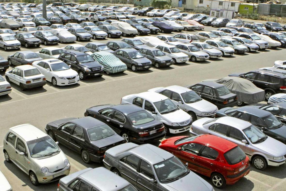 معین تکلیف خودروهای احتکار شده در انتظار رأی تعزیرات